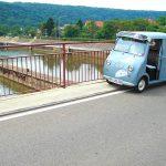 Auf der Neckarbrücke Hessigheim
